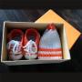 Sneakers+mutsje, oranje-wit