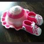Sneakers+mutsje, roze-wit